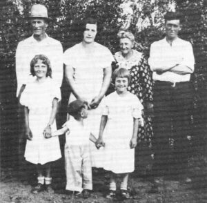 Back: Bill Lindner, Mrs. W.X. Wright, Mrs. John Lindner (Melinda), Mr. W.X. Wright. Front Row: Irene Lindner, Unknown boy, Edith Lindner.